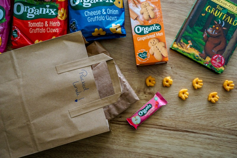 Packed lunch food