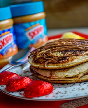 Amazing vegan peanut butter and banana pancake recipe