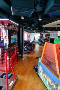 Genting Dream Cruise arcade