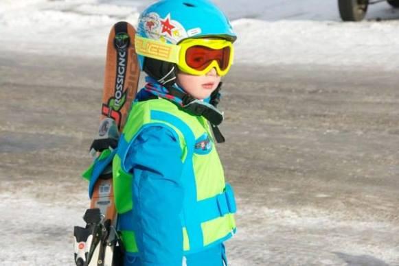Carries Skis