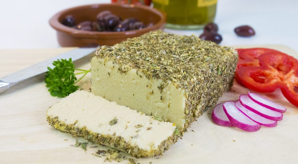 herbcrusted-cashew-cheese-950x522