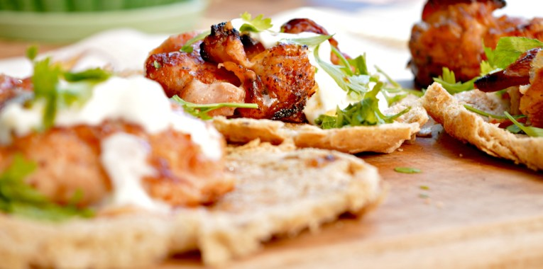 Two Minute Grilled Jerk Chicken Pita Bread