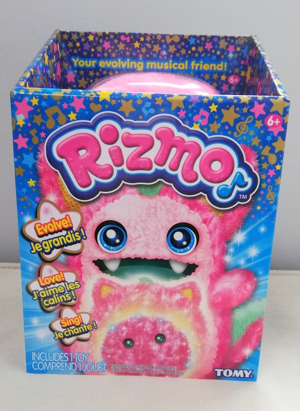 rizmo toy in box