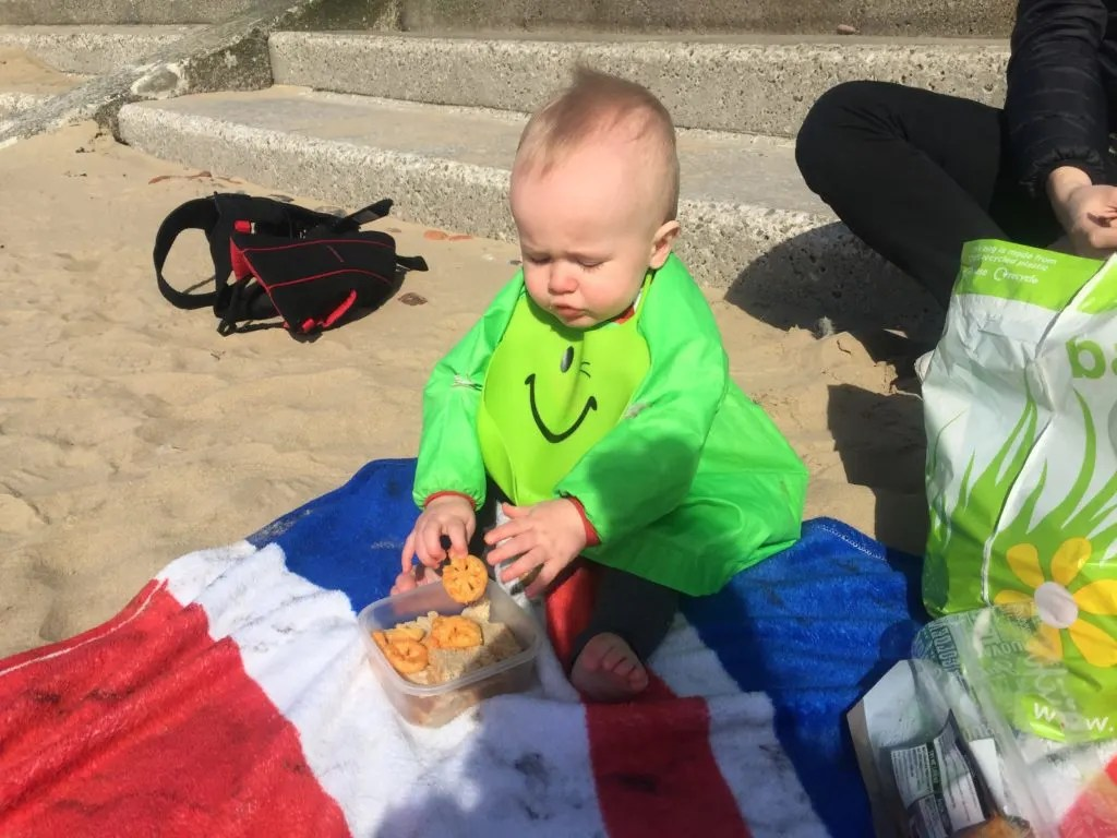 We are five months in to our baby led weaning journey so it's time for a quick update on what Dex is eating, the mess and the fun we've been having.