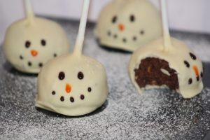 SKIPPY® Peanut Butter Snowmen peanut butter cake pops