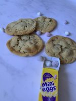 Yummy mini egg cookies the whole family will love!