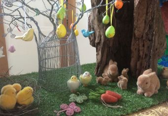 Easter display4