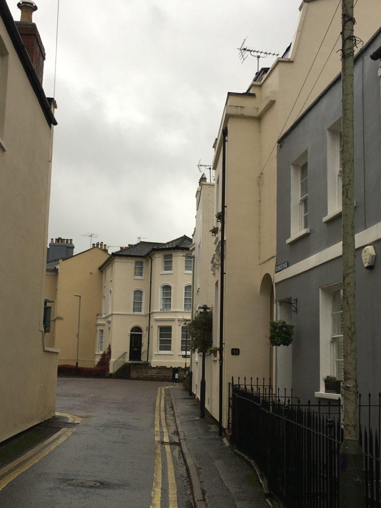 House, Back streets, Cheltenham, 365