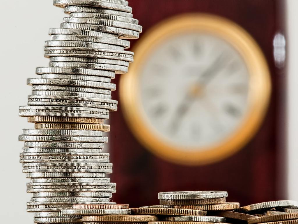 Should You Worry About Currency Risk When Investing?