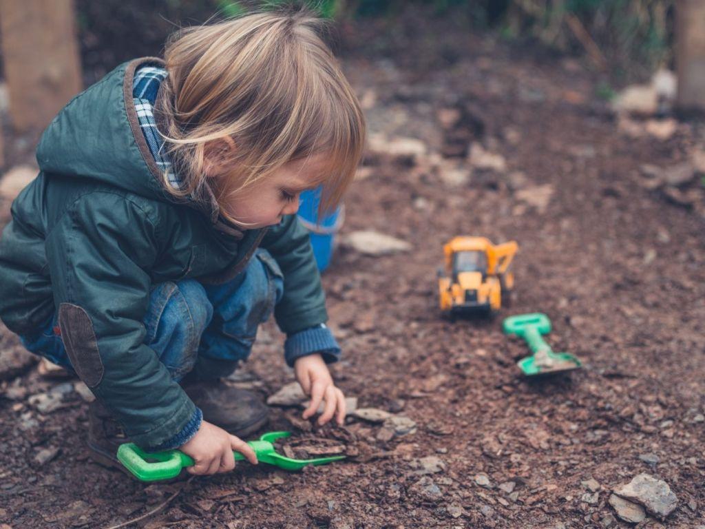 5 Fun Backyard Activities for Kids