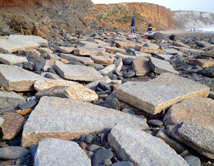 Fossil hunting, Isle of Wight. Copyright Gretta Schifano