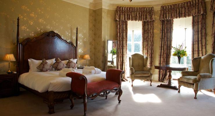 Wyck Hill House Hotel bedroom