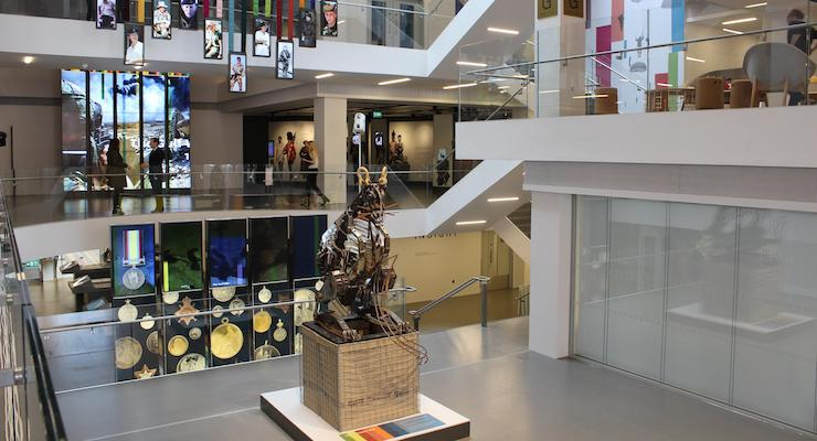 Foyer Museum Uk : Things to do in london with kids april mums travel