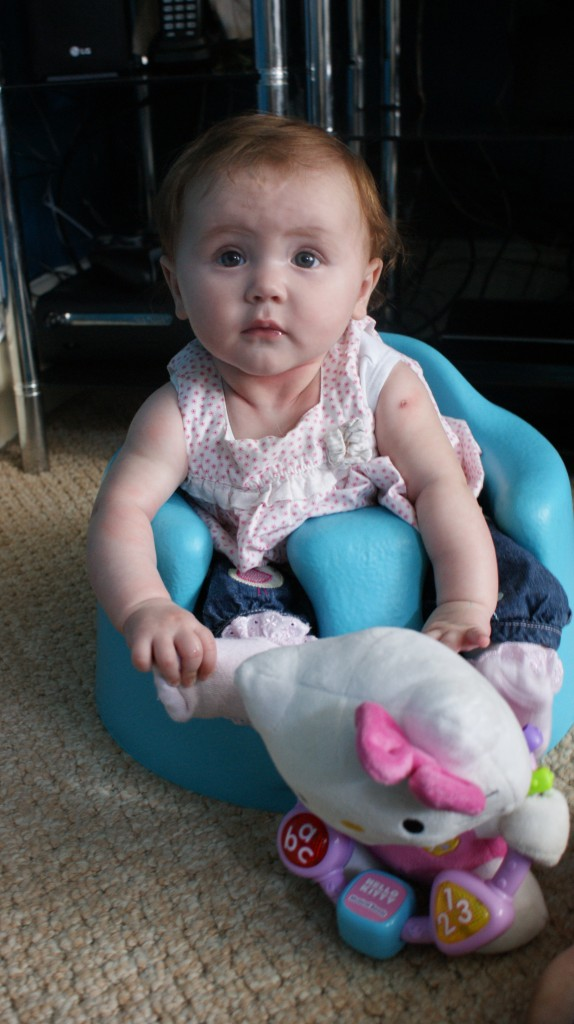 Review - Bumbo Baby Sitter & Tray 2