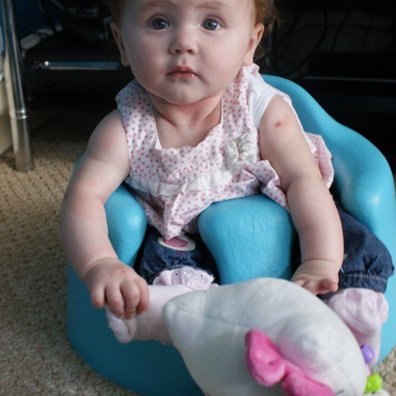 Review - Bumbo Baby Sitter & Tray 11