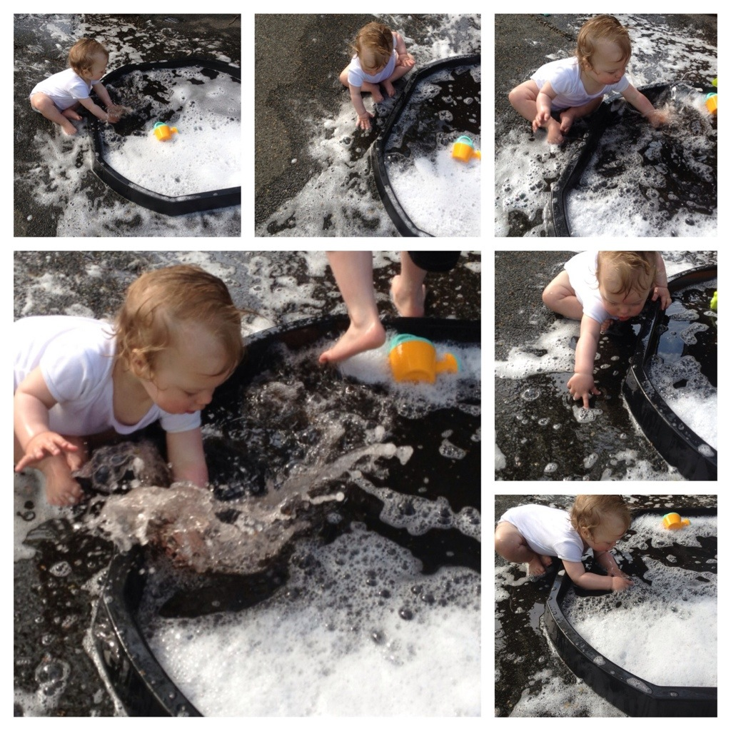Water and bubble fun 4