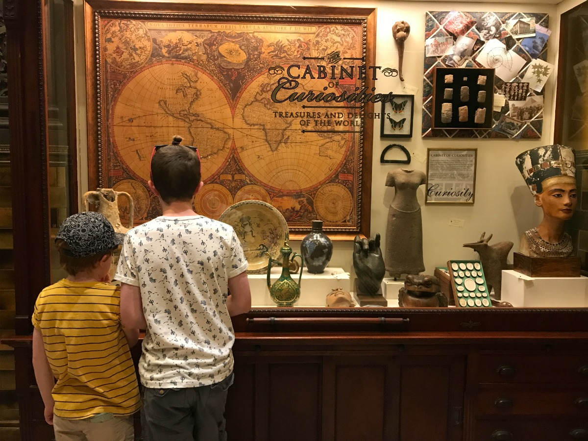 Snapshots from the Springfield Museums 14