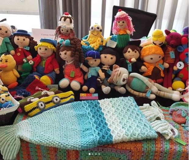 crochet table1