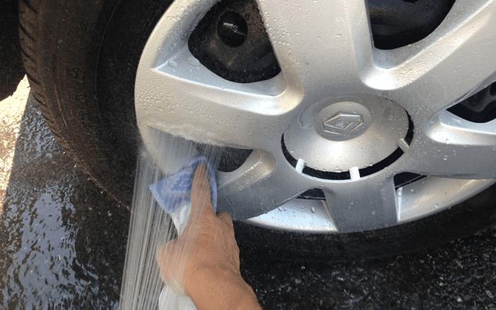 水洗い洗車の意外と知られていない本当のやり方。 (5/6)