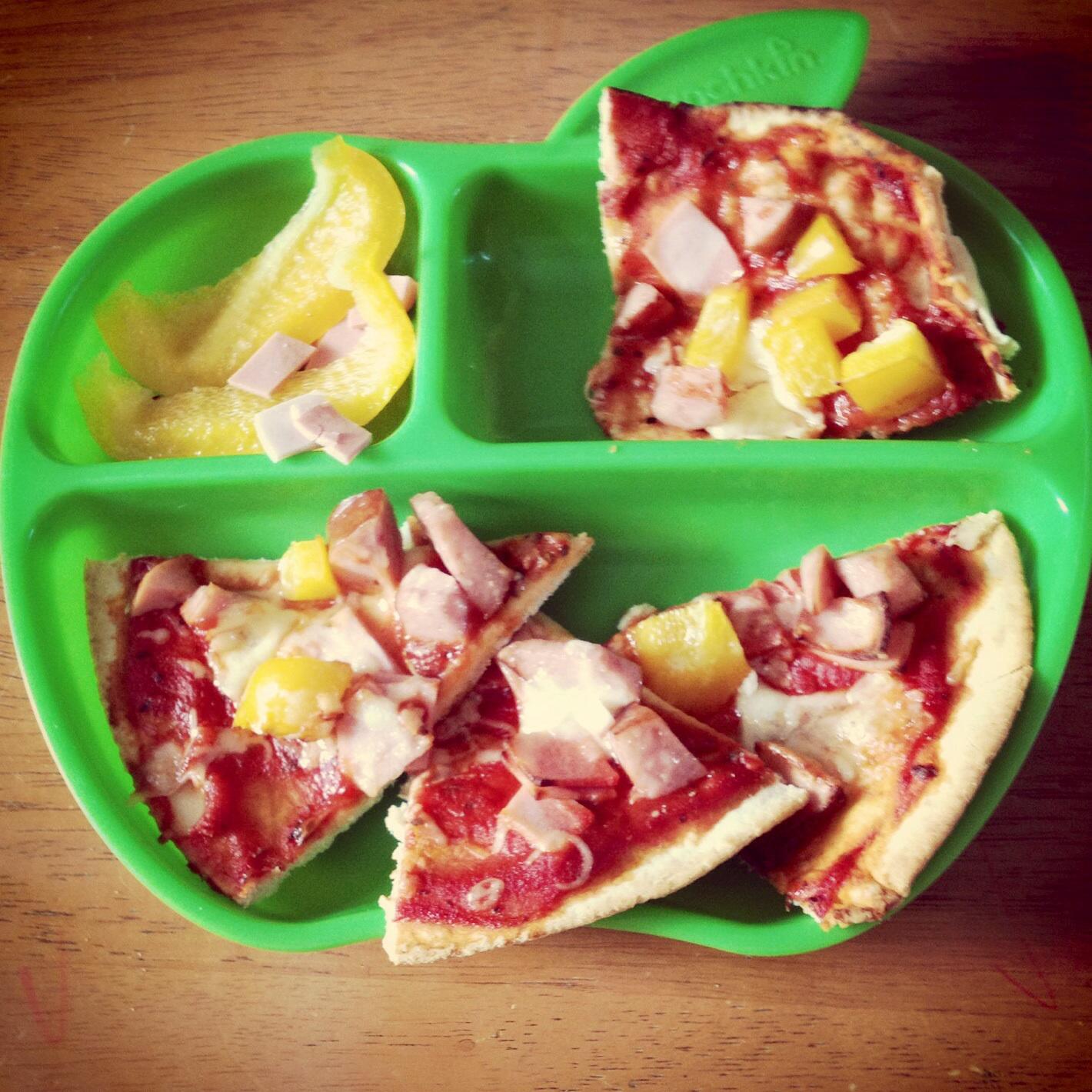 Munchkin uk apple plate