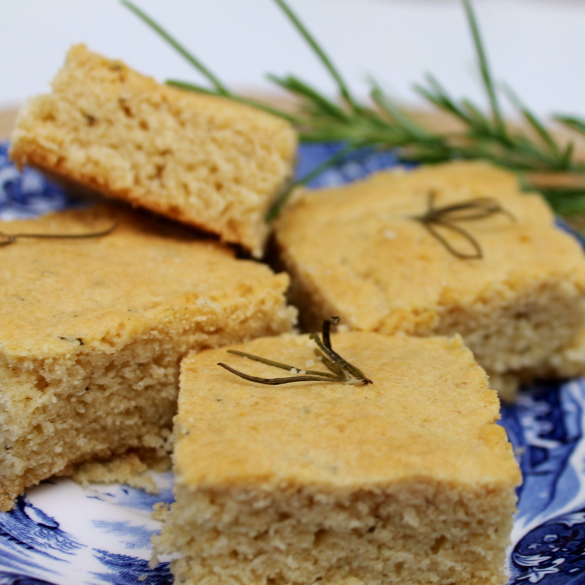 Rosemary shortbread cake