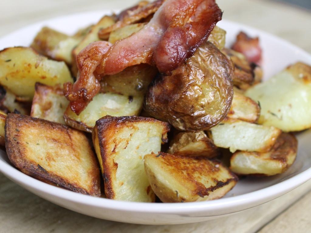Roasted herb potatoes
