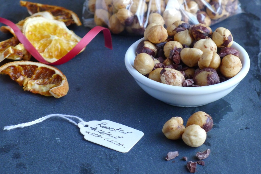 Roasted hazelnuts with cAcao nibs