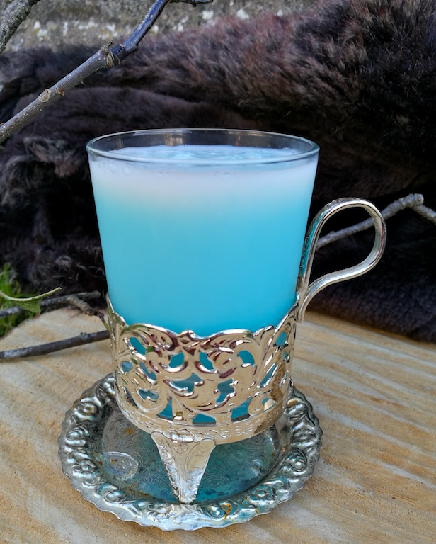 Image of white walker alcoholic cocktail inspired by game of thrones