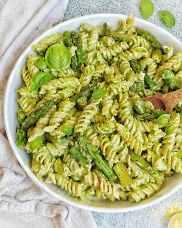Pasta with Pesto and Asparagus, and Basil leaves