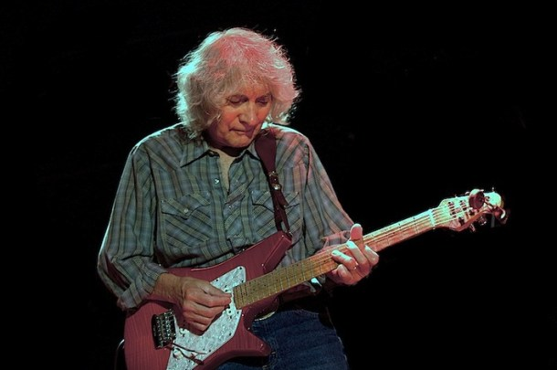 Albert Lee And His Electric Band Come To Kinross
