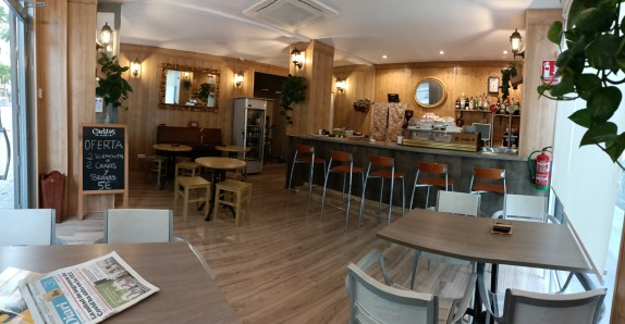CAFETERÍA EN TRASPASO