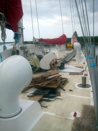and the messy fore deck, our space to store everything that we don't need on the construction sites