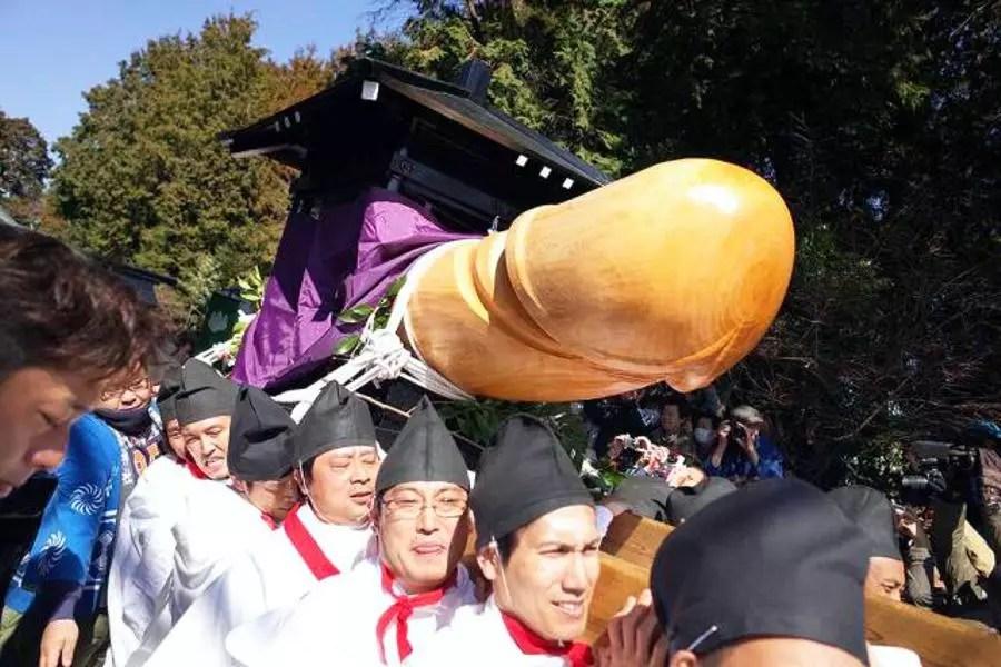 Honen Matsuri: festival da fertilidade com desfile de pênis gigante