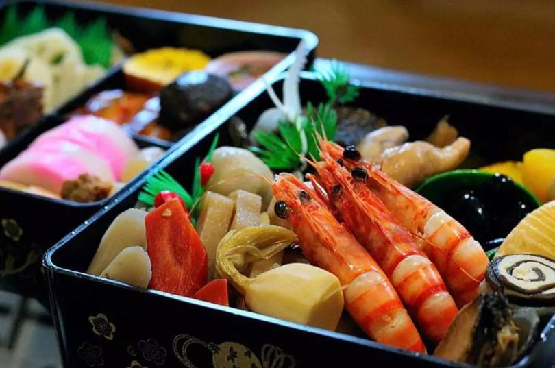 Osechi em caixa Jubako | Foto: Japan Guide