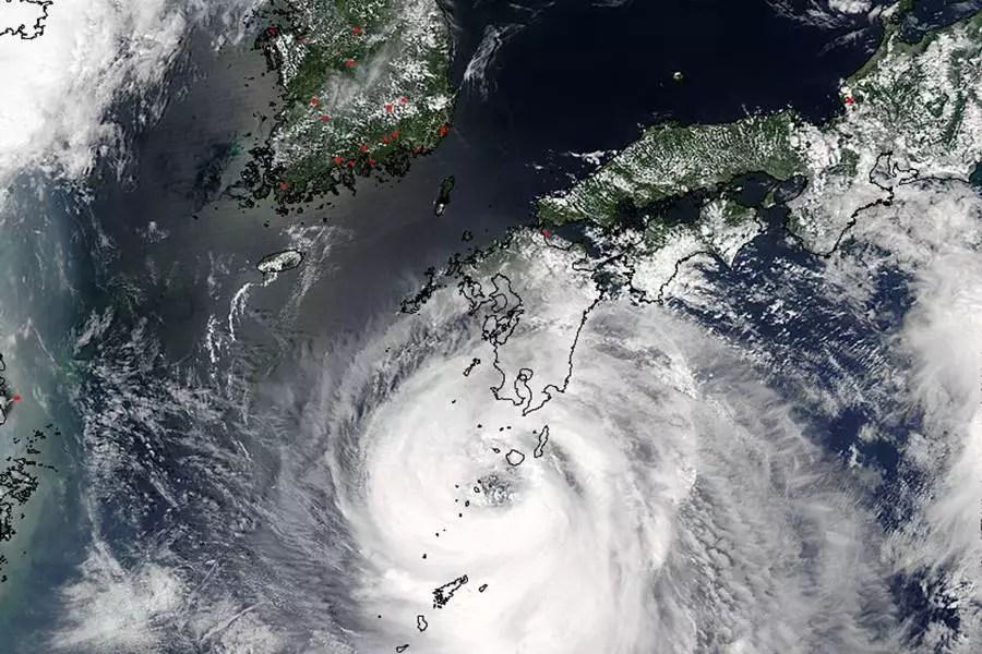 Oeste do Japão sob alerta devido ao avanço do tufão
