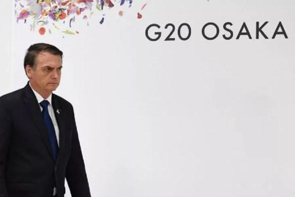 Bolsonaro chegou e saiu sozinho da fotografia oficial da cúpula em Osaka | Foto: Stockvault