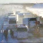 Neve causa acidente com 130 veículos no Japão e deixa 1 morto e 17 feridos