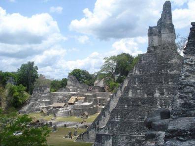 Fotografía de Jr. G. Plaza Mayor, Tikal.