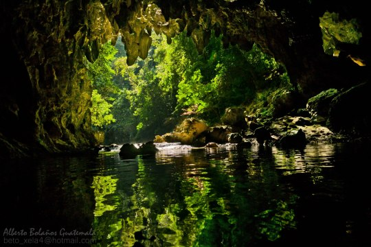 Cuevas de Candelaria, Alta Verapaz - foto por Beto Bolaños