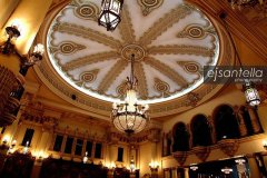 Foto por Ejsantella www.flickr.comphotosejsantella - Interior del Palacio Nacional. Interior of the National Palace in Guatemala city.