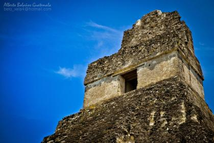 Gran Jaguar, Tikal, contruido en el año 700 - foto por Beto Bolaños