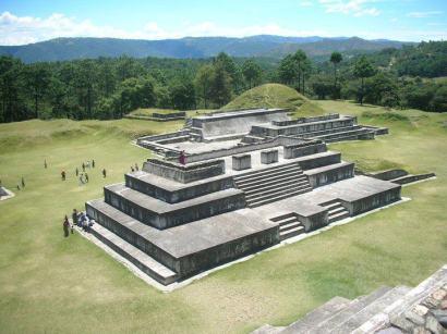 Zaculeu Por Alex Cortez - Fotos de Construcciones de los Mayas y sus Descendientes