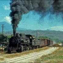 Ferrocarril de Guatemala, la maquina negra - foto por Victor Pensamiento