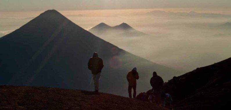 "Foto por Edwin Nájera - ""Un ultimo esfuerzo antes de llegar al Volcán Acatenango"""