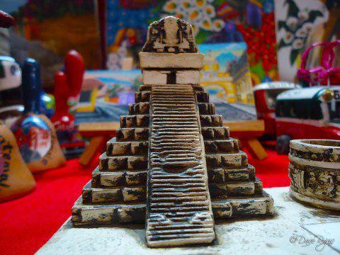 Artesanías en Guatemala replica del Gran Jaguar foto por Dave Gt Rojas - Galería - Fotos de Artesanías de Guatemala