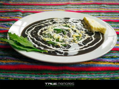 Frijoles negros con Apazote foto por Neels Melendez de True Memories - Galería - Fotos de la Gastronomía Guatemalteca