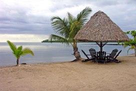playa dorada izabal foto por enviejes cl - Playa Dorada en el Lago de Izabal