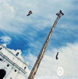 Palo Volador - foto por el INGUAT
