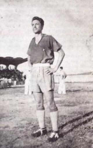 mario camposeco 21 190x300 - Mario Camposeco, futbolista