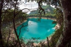 Cenote de la Laguna Brava en Nentón Huehuetenango foto por Maynor Marino Mijangos - El Departamento de Huehuetenango
